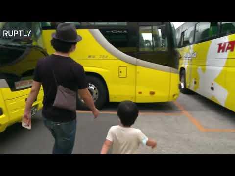 شاهد شركة حافلات في اليابان تبتكر فكرة عبقرية في زمن كورونا
