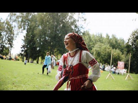 شاهد مهرجان التقاليد في روسيا يدعو إلى الحفاظ على الماضي وتُراث الشعب