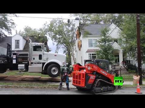 شاهد إعصار زيتا يقتل 6 أشخاص ويقطع الكهرباء عن مليوني مواطن في أميركا