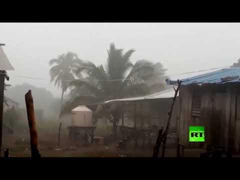 شاهد إعصارإيتا يتسبب يتوجه إلى أميركا الوسطى وتحذيرات من فيضانات