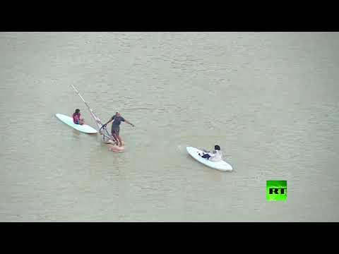 شاهد عكارة مياه النيل في العاصمة المصرية بسبب السيول