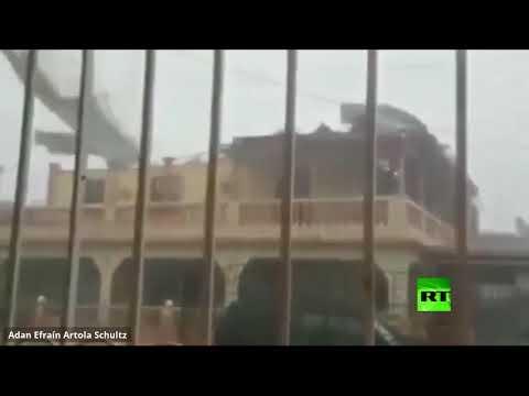 شاهد رياح قوية تُمزق سقف بناية أثناء إعصار في نيكاراغوا